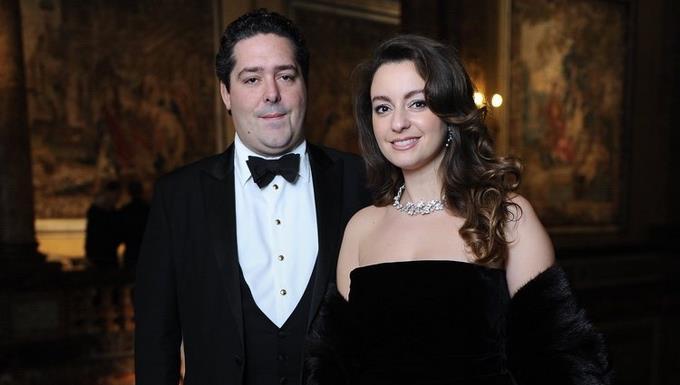 Heredero al trono ruso contrae matrimonio con la italiana Rebecca Bettarini