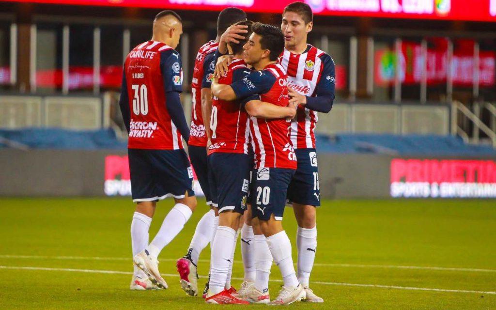 """Summary of the friendly match Chivas vs Lyon (4-1).  Objectives """""""