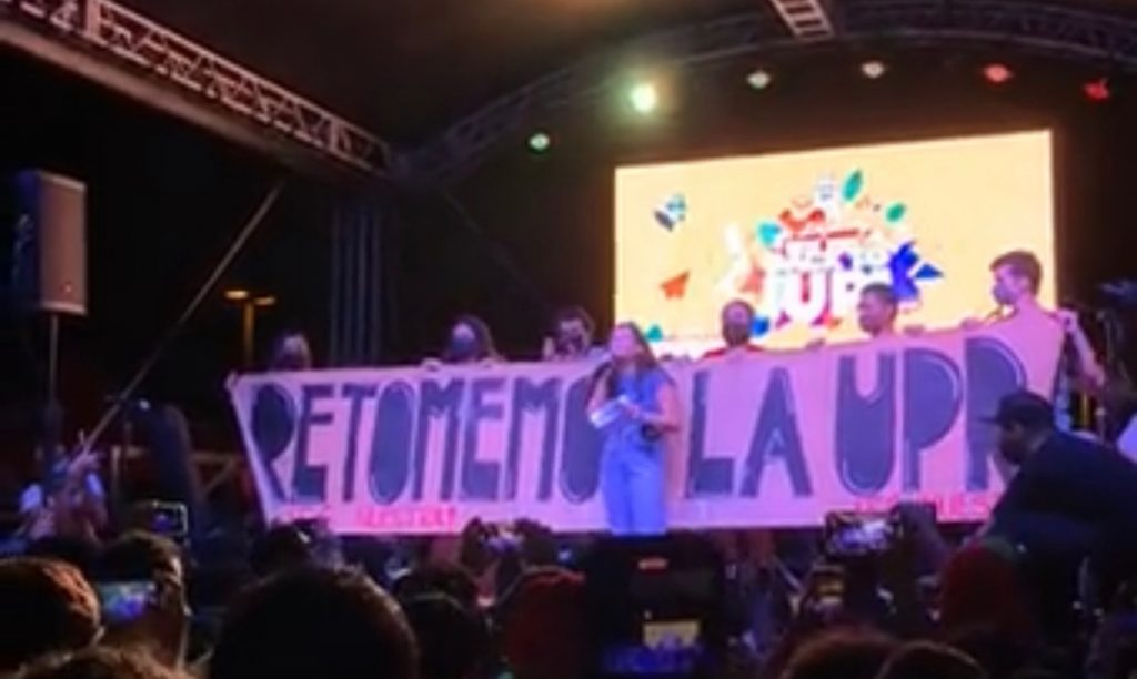 """UPR students in Rio Piedras held a plenary session: """"Enough virtual classrooms"""""""